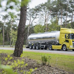 New Generation DAF XF truck sets fuel efficiency benchmark