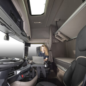 Optional swivel passenger chairs in New Generation DAF trucks